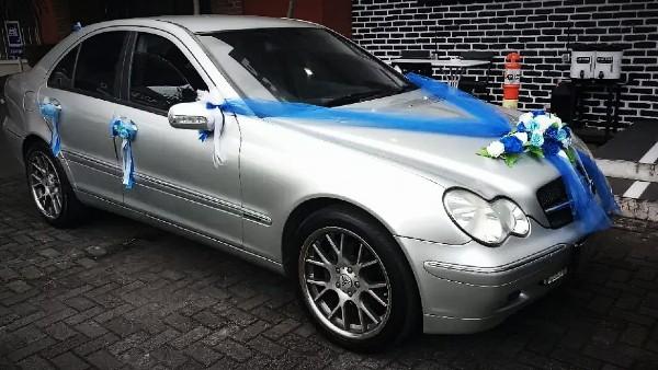 Sewa Mobil Pengantin di Surabaya