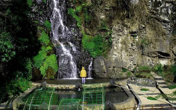 Air Terjun Sumurun Seloprojo