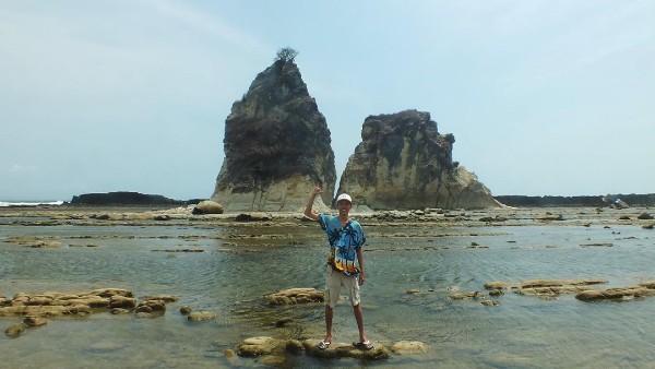 Tiket Masuk Pantai Tanjung Layar 2020