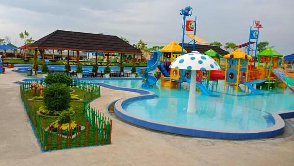 kolam renang Banyu Redjo Park