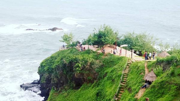 Pantai Menganti- harga Tiket dan Lokasi