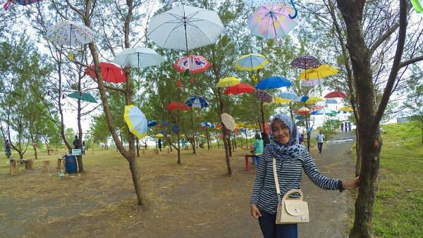 5 Tempat Wisata Pantai di Kabupaten Purworejo(2)