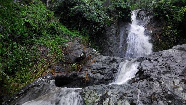 Air Terjun Kali Banteng Rahtawu