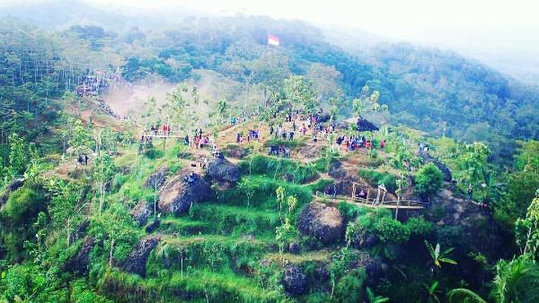 Wisata Alam Watusalang Purworejo