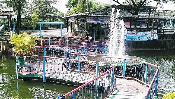 Waterpark Kyai Masni Cirebon