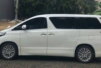 Alphard Rental with Driver