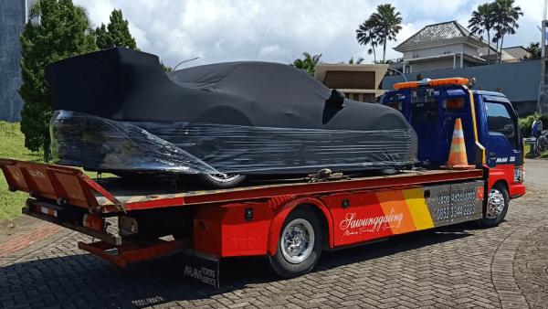Towing Mobil Malang